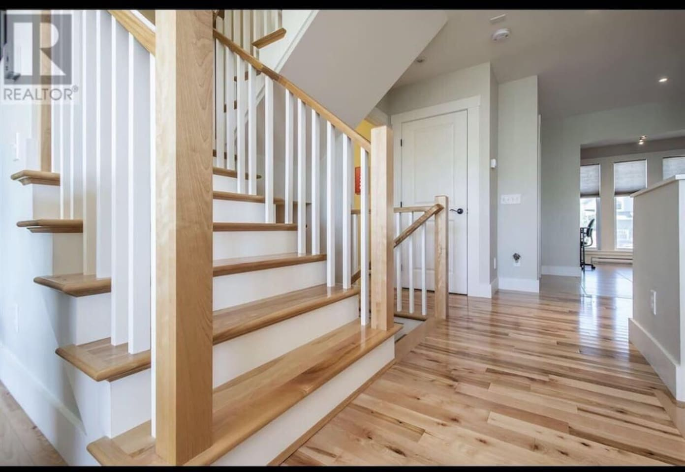 Halifax cozy house near to airport and BMO Center