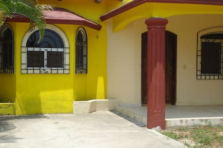 BUNGALOWS FOR RENT AND ONE HOUSE IN JALISCO MEXICO - Barra de Navidad - Dům pro hosty