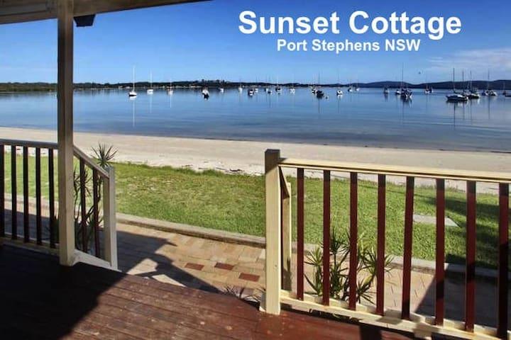Sunset Cottage, Port Stephens - Corlette - Huis
