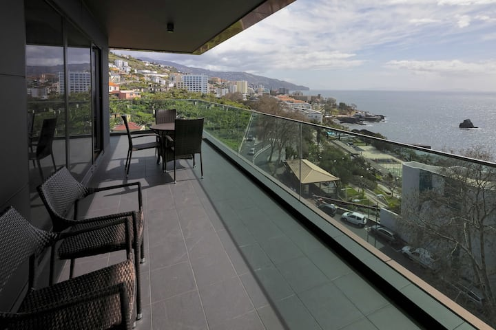 Funchal Panoramic Views, Near Shopping Centre