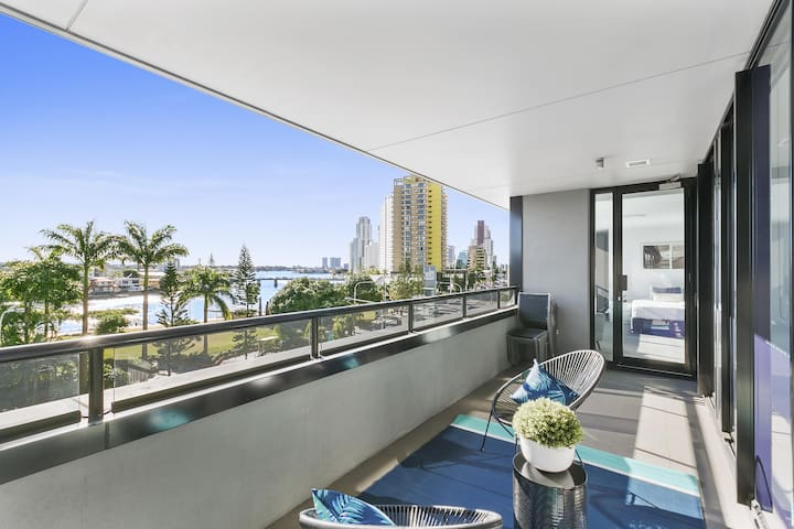 Circle on Cavill - 3 Bed City View We Accommodate