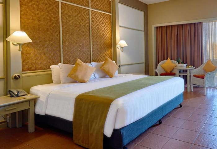 A Gateaway Holiday Resort Room