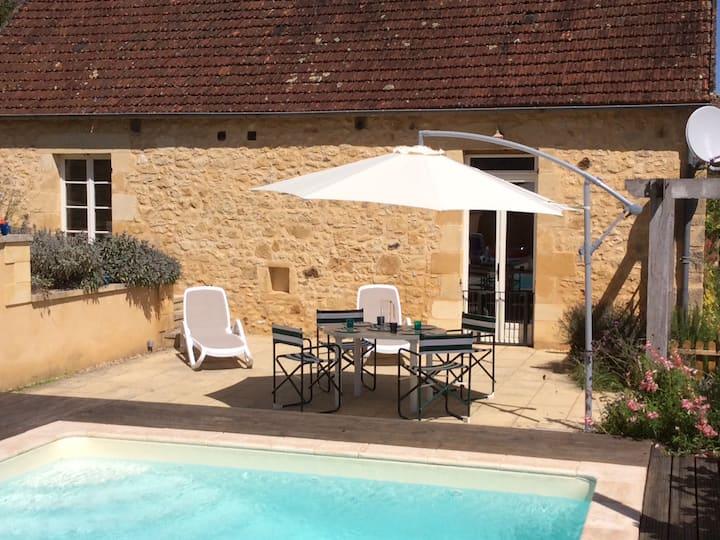 Pretty Village House & Pool near Dordogne/Sarlat