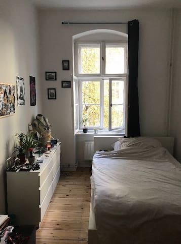 Nice room in the heart of Friedrichshain !