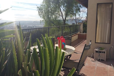 Amazing place with great view - Pomona - House
