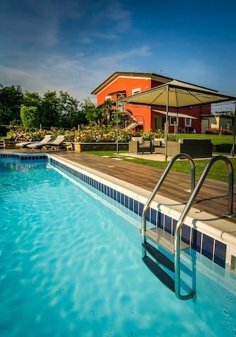 apartment in villa in Padenghe sul Garda - Padenghe sul Garda - Apartment