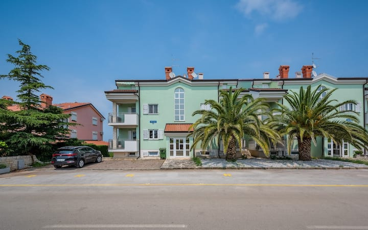 RIVA house with apartment