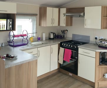 Newquay Deluxe Holiday Park Homes (No49), Cornwall - Cornwall - Chalet