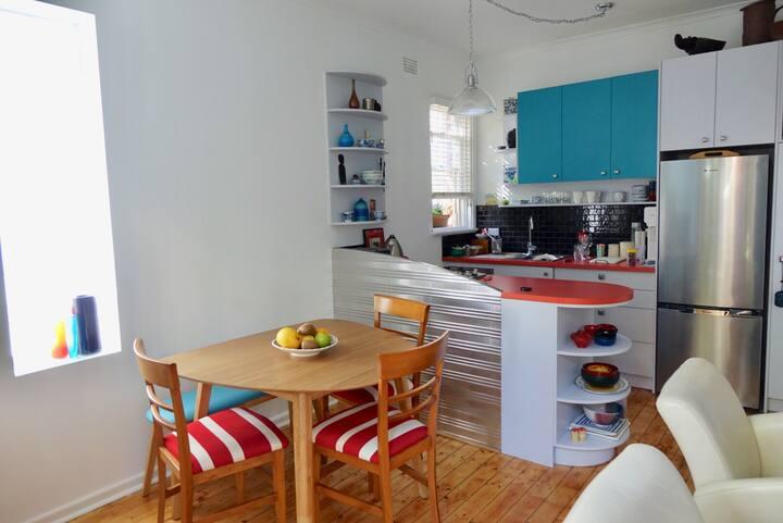 Rainforest garden apartment - deck
