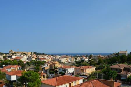 Habitación en Calafell Poble. Y el mar... - Calafell