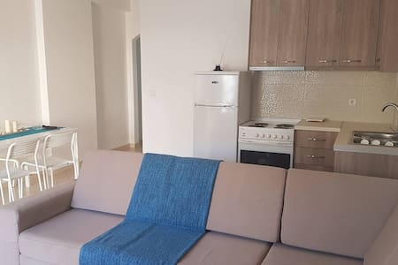 2 bedroom apartment in the center of city # 1 - Sarandë - Wohnung