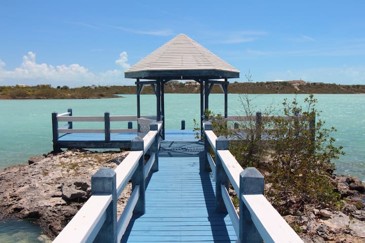Eclectic Caribbean Home - Providenciales and West Caicos - Ev