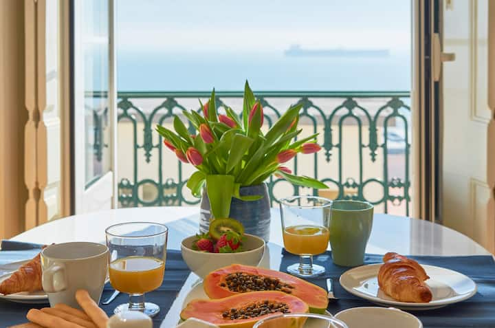 Charming Apartment Lisbon river view! Safe stay!