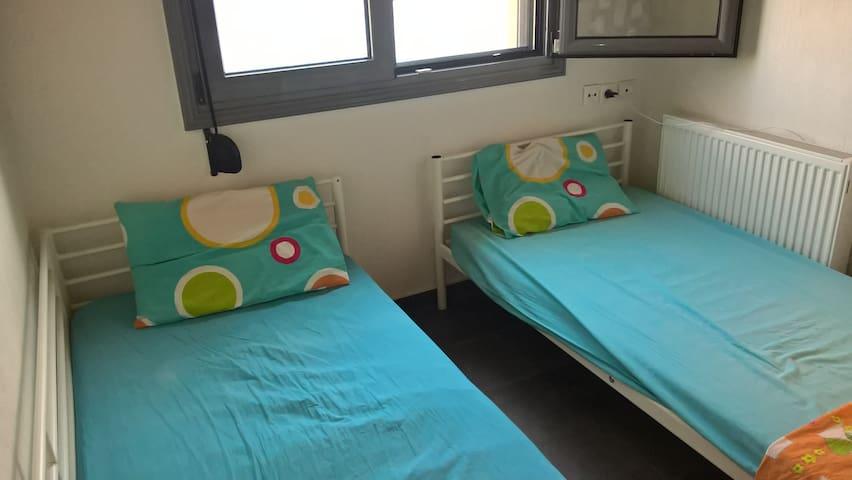 υπνοδωμάτιο ορόφου 1