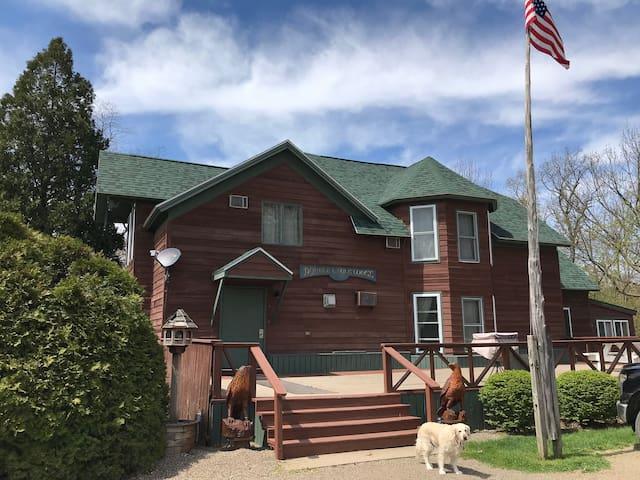 Double Eagle Lodge