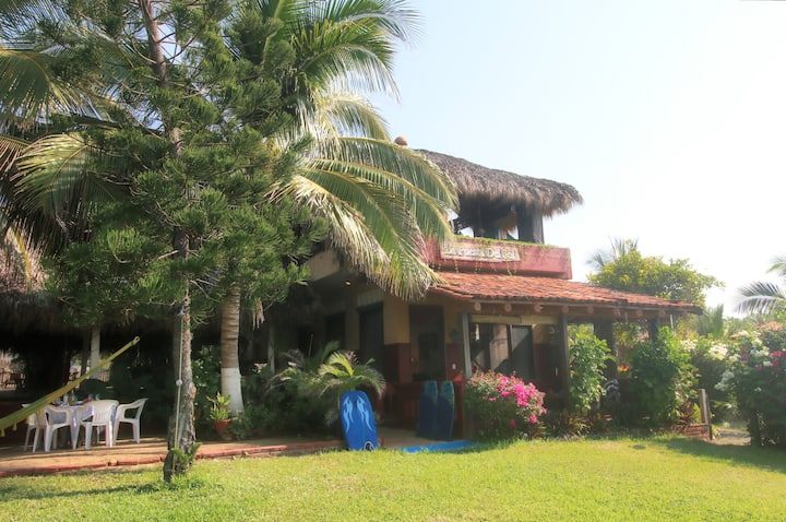 The Puesta del Sol oceanfront and garden suite apt