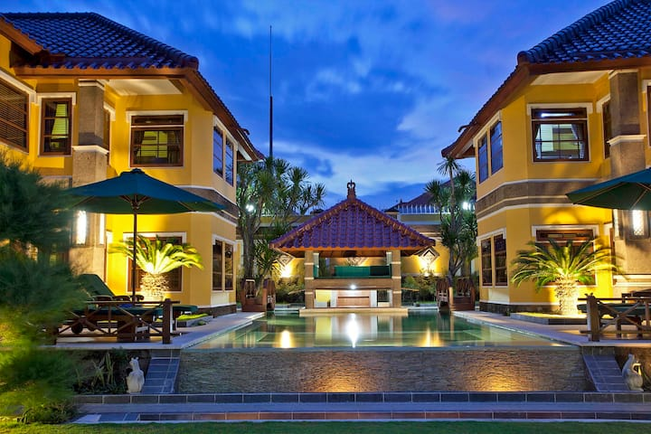 Four Bedroom - Elegant Villa Sanur