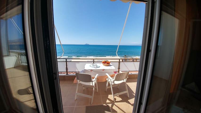 Villa Golden Ammos
