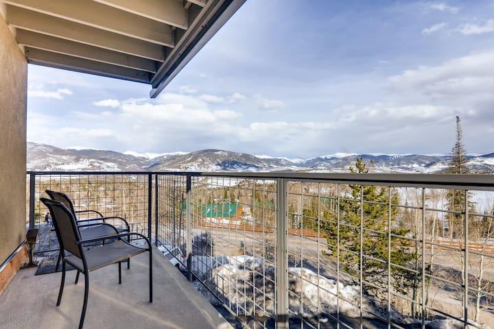 Beautiful 1 Brdm Condo-Amazing Views and Location!