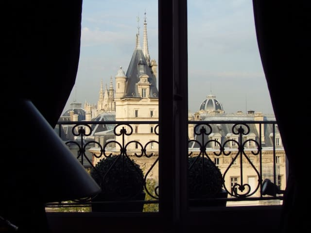 Luxury Penthouse with views of the Seine River - ปารีส - อพาร์ทเมนท์