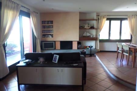 Appartamento a Sirmione a 500 m dal lago di Garda - Chiodi II - Apartmen