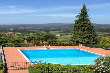 Large Holiday Home near Porto - 20 mins beaches