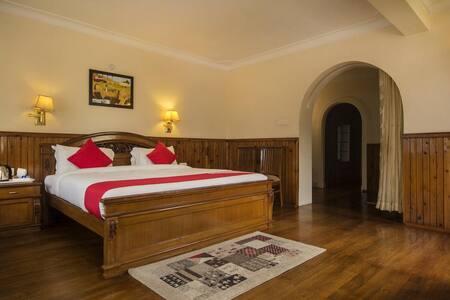 Majestic De Villa(Family Suite)