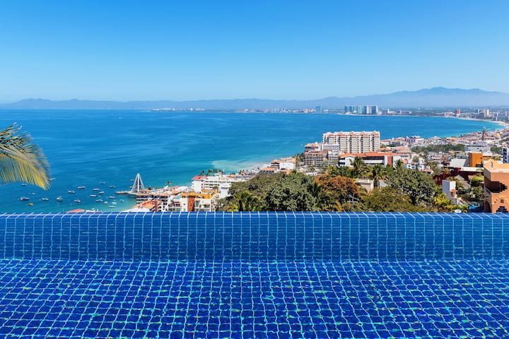 Villa Lucia in Puerto Vallarta by Personal Villas - 4 Bedroom Villa with Beautiful Pool and Beach