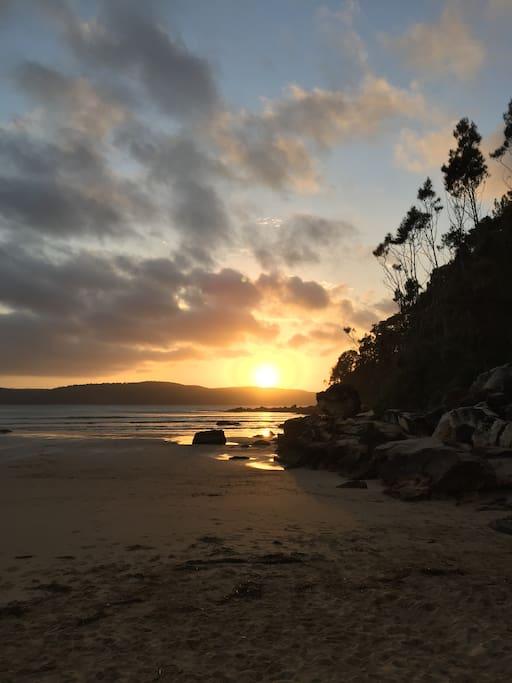 Sunrise at Ocean Beach Umina