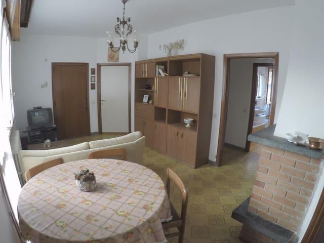 Ampia casa vacanze vicino ai Piani di Bobbio - Cremeno - Casa