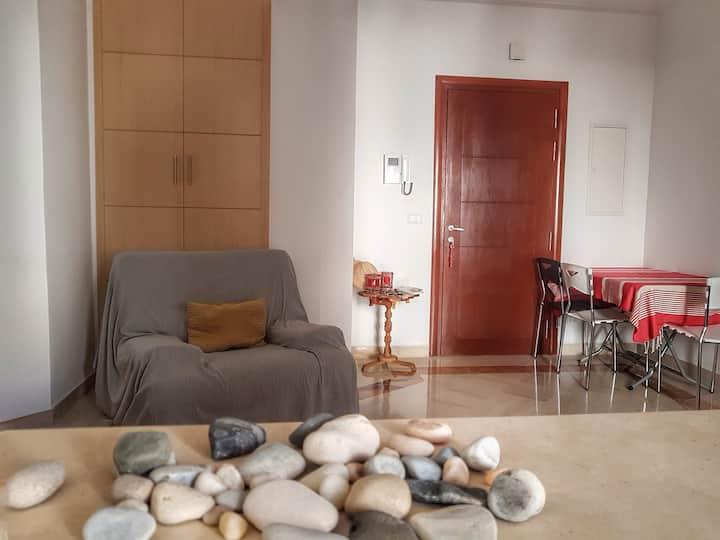 Appartement S+2 fonctionnel à 200 m de la mer