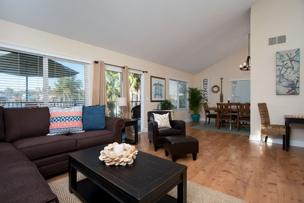 Welcome to your new San Clemente vacation rental. Sofa folds out into a queen size bed.