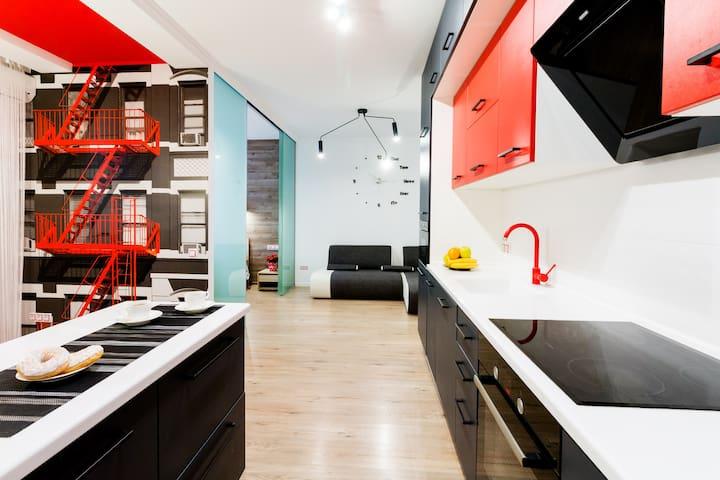 Апартаменты-студио с 1 спальней:метро Лукьяновская