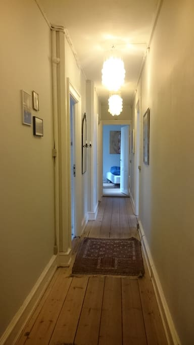 The hall - view to the bedroom