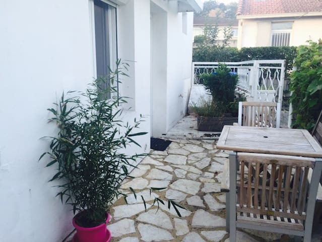 Maisonnette T2 + terrasse //Airbus