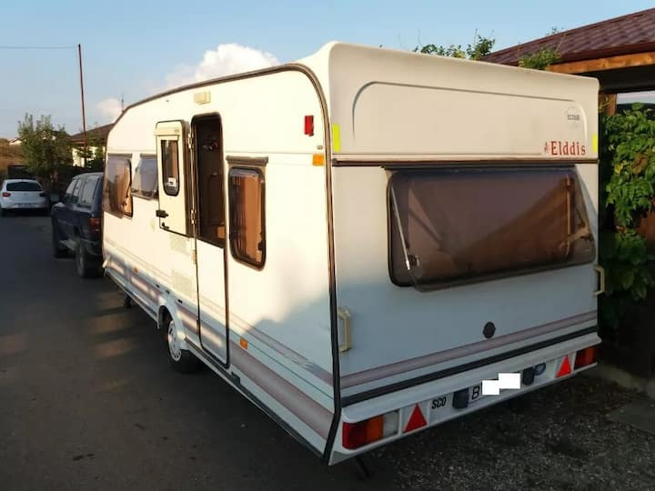 Caravan RV for rent