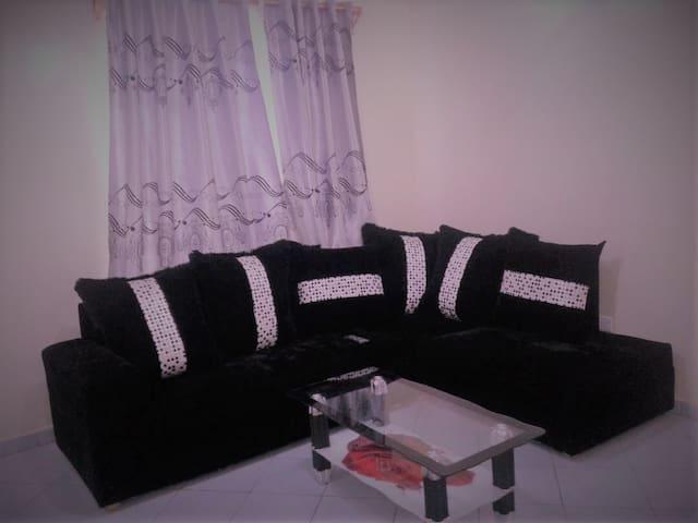 Vicnity of JKIA,Nairobi CBD, YAYA,WESTLAND,TAJMall - Nairobi - Leilighet