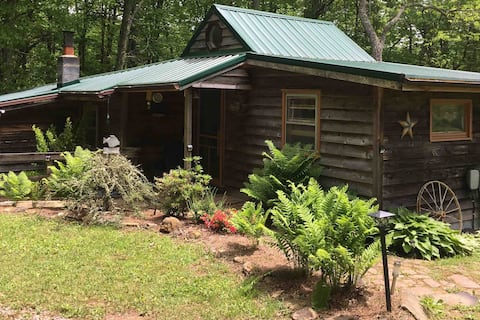 The Cabin at Little Creek