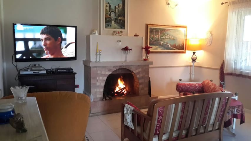 Cozy elegant and Quiet Cottage - Cassino - Vila
