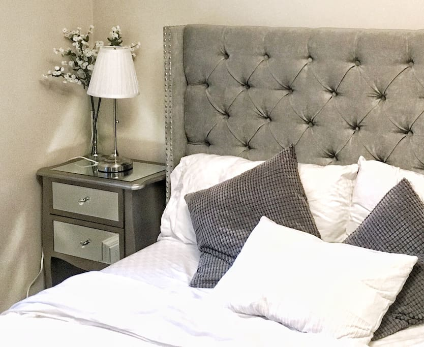 Queen size bed in executive home
