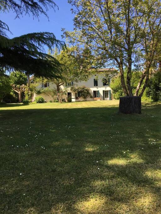 rez de jardin de 78m2 donnant sur la Dordogne