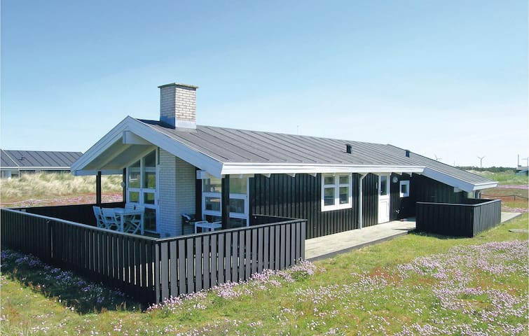 Holiday cottage with 3 bedrooms on 90m² in Skagen