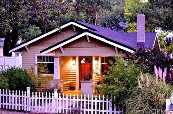 *NEW Listing* Oak Tree Bungalow - Paso Robles - Bungaló