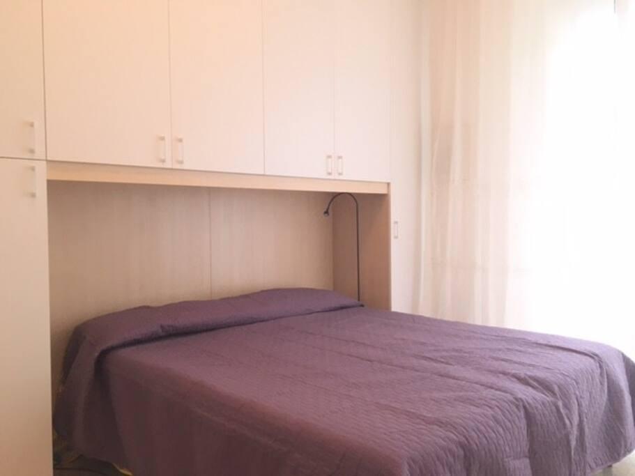 la vostra camera con armadio ponte