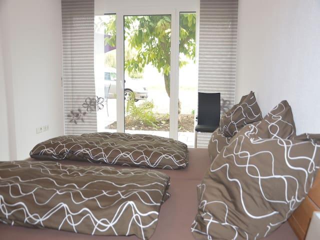 Bodenseeresidenz-Bodmann, (Bodman-Ludwigshafen), Ferienwohnung Frauenberg, 97qm, 2 Schlafzimmer, max. 6 Personen