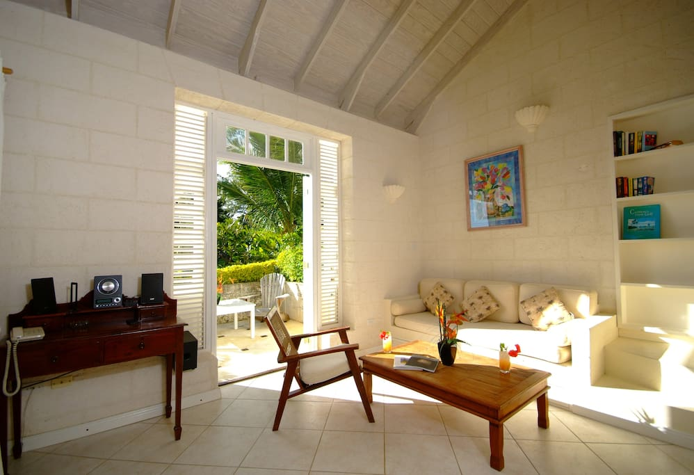 Living room and door to west terrace Seaside Cottage A