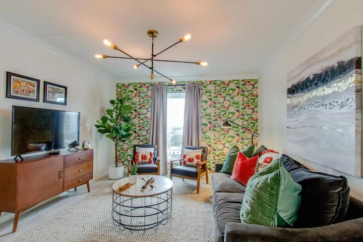 NEW! Chic Design on Music Row at West End*Vandy*Downtown
