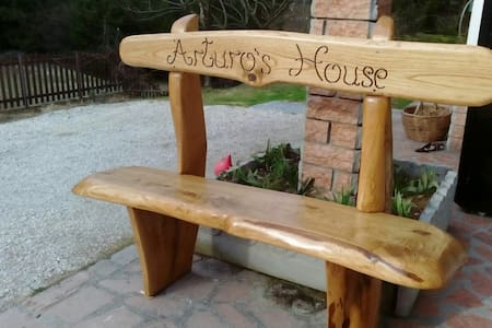 Arturo's House2