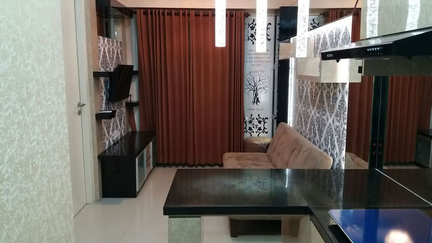 2 bed apartment on top Pakuwon Mall Surabaya - Lakarsantri - Apartment