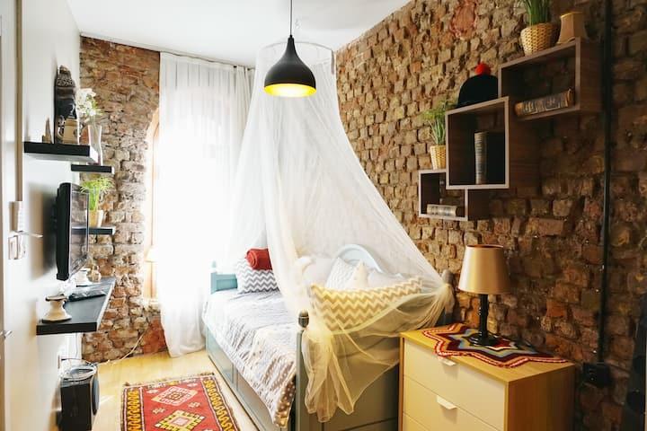 The D.O.M - Dublex Suite  1 ( Beyoğlu-Taksim)